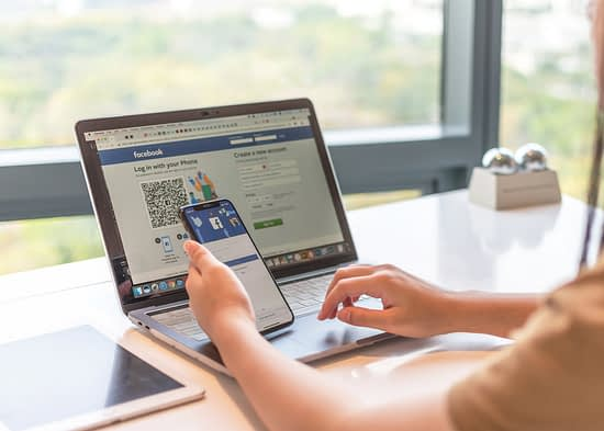 Using social media to reach small business customers